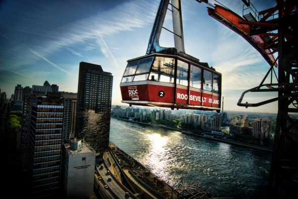 tram-over-east-river